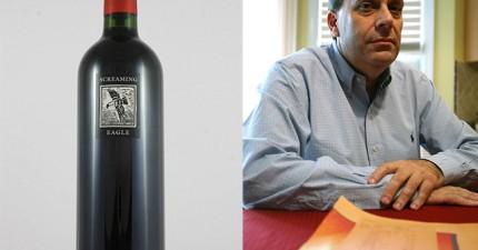 服務生說出價格的方法太特別了,導致這名男人誤喝要價11.5萬的頂級紅酒,差點心臟病發!