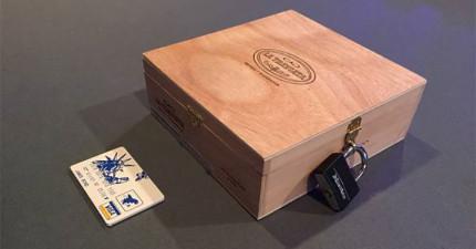 這位新郎寄給了每位伴郎一個重重機關的木盒,只有007般的腦袋才能解開難題!