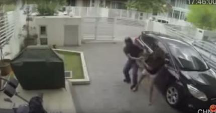 這些倒楣搶匪誰不好搶,搶到一名超強的女泰拳格鬥家!