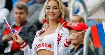 世足俄羅斯辣妹球迷「狂殺底片」 肉搜起底竟是男人的D槽情人